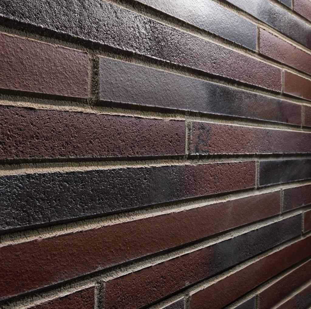 KLAY Tiles Facades - KLAY-Brickslips-KBS-SRI_0003s_0001_2070-Brown-Noir