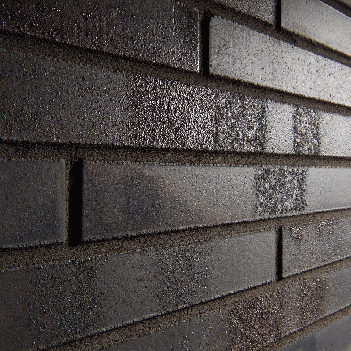 KLAY Tiles Facades - KLAY_SBR-2105_IronBlack-2
